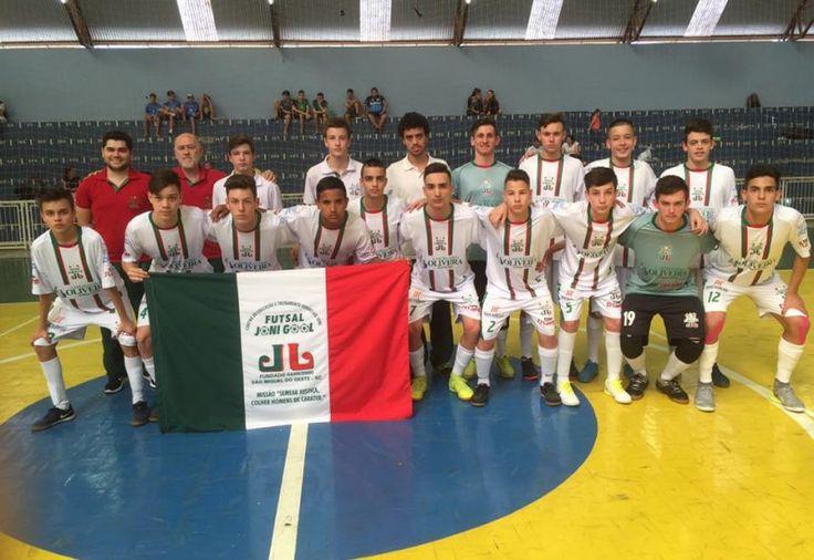 Futsal Joni Gool esteve no norte do estado no final de semana que passou, onde venceu de virada o Jaraguá Futsal por 3 a 2, no primeiro jogo da semifinal da Liga Catarinense Sub-16 de Futsal. A