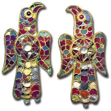 Fibules wisigothiques 6e siècle - Art Wisigoth Espagne http://jpdubs.hautetfort.com/archive/2007/06/23/oeuvres-cles-de-l-histoire-de-l-art.html