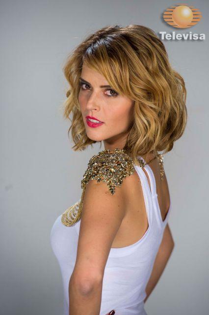 Claudia Alvarez, that hair!