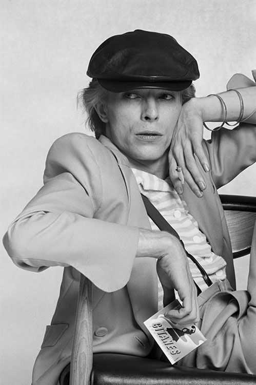 David Bowie 70s (photo by Terry O'Neill).