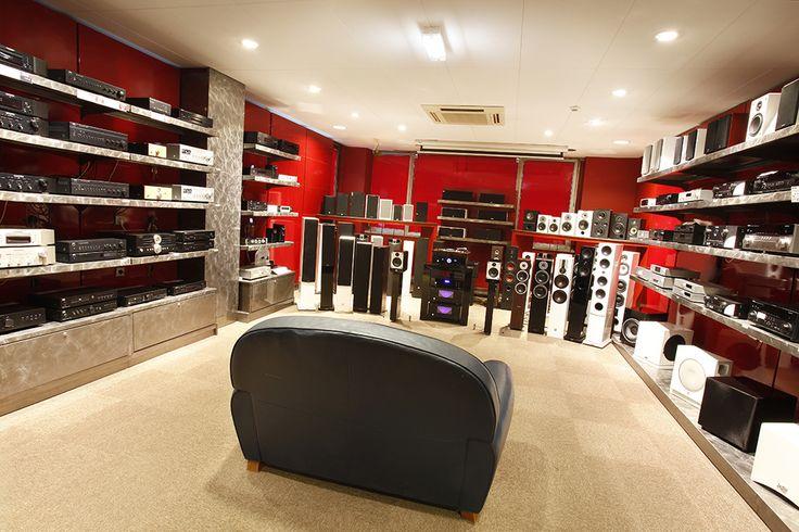 11 best images about les magasins cobra on pinterest to. Black Bedroom Furniture Sets. Home Design Ideas