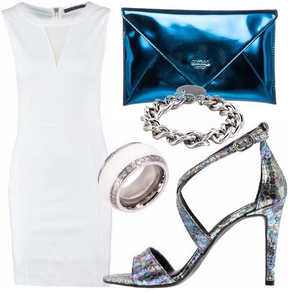 Approfittiamo  delle mille occasioni che ci offre il protagonista del nostro outfit, ovvero il tubino true white aderente e con trasparenza non esagerata in corrispondenza del  décolleté, abbinando una clutch lucida blue elettrico e un sandalo opalescente con cinturino che riprende i toni freddi della borsetta.  Completiamo il tutto con accessori silver semplici, e consigliamo un trucco glam con labbra lucide e capelli sleek back.