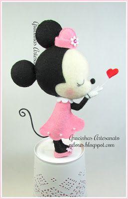 Mobile de berço - Minnie Mouse (Gracinhas Artesanato)
