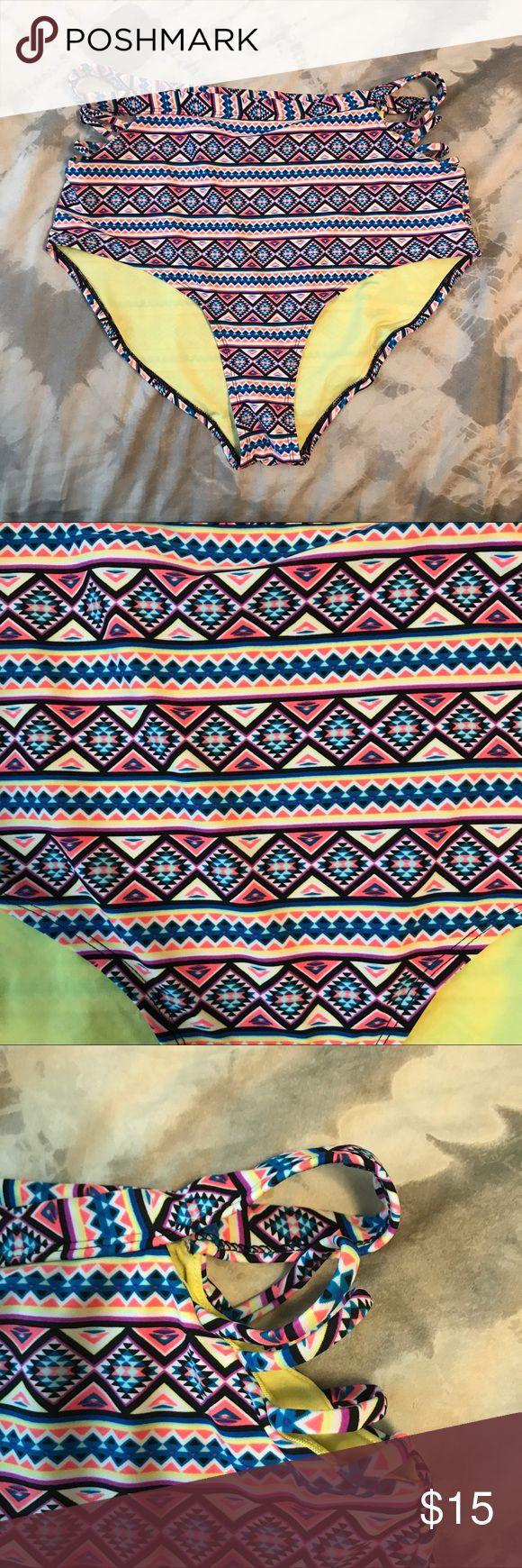 High waist bikini bottoms with cut out High waist bikini bottoms with cut out   Size 1x. In great condition. Forever 21 Swim Bikinis