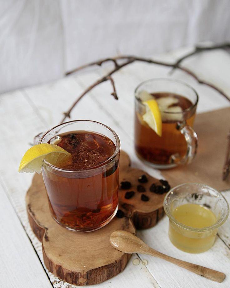 Второй напиток и пожалуй самый полезный - имбирный чай на основе шиповника для #be_the_blogger  и мой куратор @alesya_novikova  и ментор недели @dariasaveleva84  Я за простые и очень полезные рецепты. Заварить шиповник добавить по вкусу имбирь лимон мёд корицу и кусочки свежего яблока. Дать немного настояться. В холодный зимний день этот витаминный напиток согреет даже самых привередливых гурманов :)