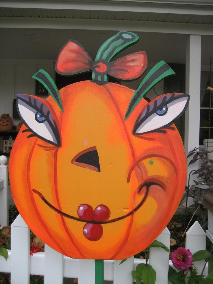 Halloween yard art. By Janisse Larsson.com