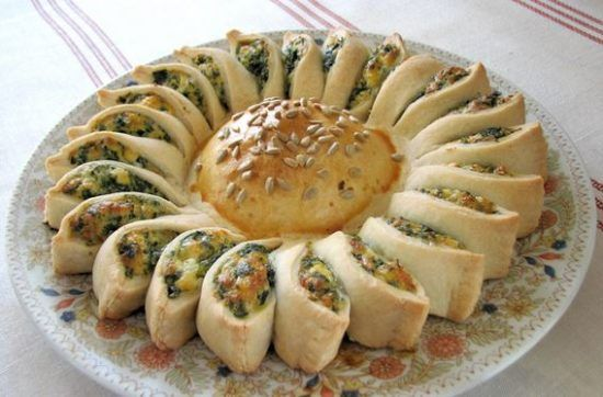 Sunny Spinach Pie Is Healthy and Delicious