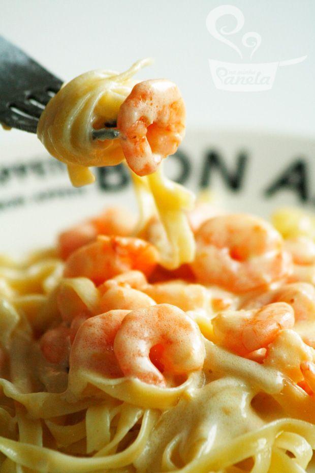receita prática de macarrão com camarão