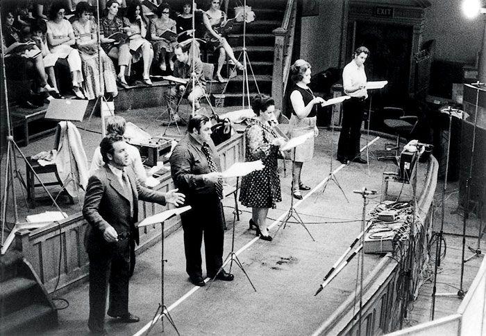 1972: Nicolai Ghiaurov, Luciano Pavarotti, Montserrat Caballé, Joan Sutherland and Tom Krause recording Puccini's Turandot.