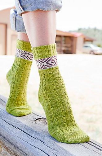 Ravelry: Claud Socks pattern by Rachel Coopey