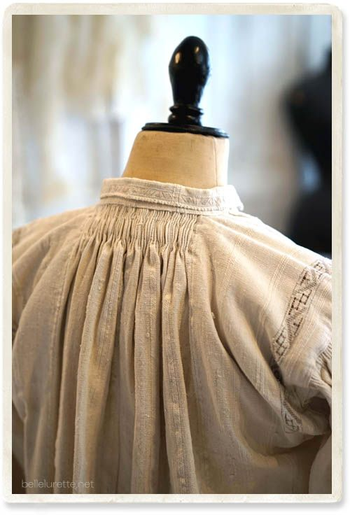 Eastern Europe Romania Antique Shirt D - 【Belle Lurette】 European French Antique Race Linen Clothing Mail Order