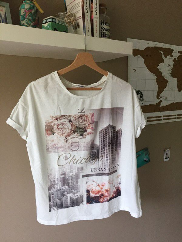 T-shirt blanc et rose | Pimkie de marque Pimkie. Taille 36 / 8 / S à 5.00 € : http://www.vinted.fr/mode-femmes/tee-shirts/59395593-t-shirt-blanc-et-rose-pimkie.