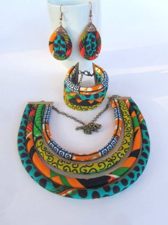 African jewelry set / ethnic jewelry set / African wedding jewelry set                                                                                                                                                                                 Más