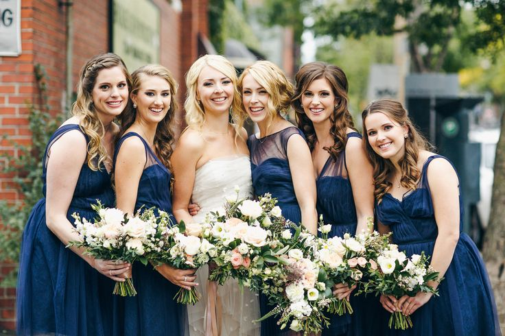 Samantha's beautiful bridesmaids are wearing Monique Lhuillier available at Pearl Bridal House | Photography by Christine Lim Photography