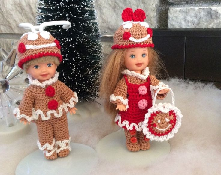 Crocheted Outfit For 41/2 Dolls ( Kelly And Same Size)