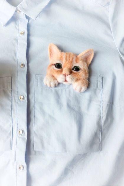 "брошь ""кошка в кармашке"". Natasha ARTamonova."