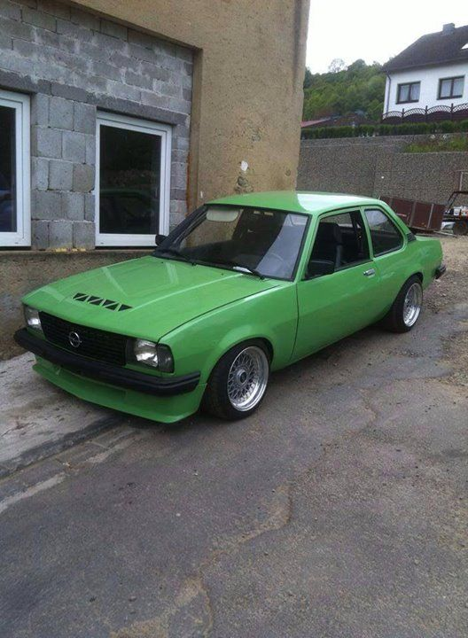 22 best opel ascona b images on pinterest classic trucks vintage cars and vintage classic cars. Black Bedroom Furniture Sets. Home Design Ideas