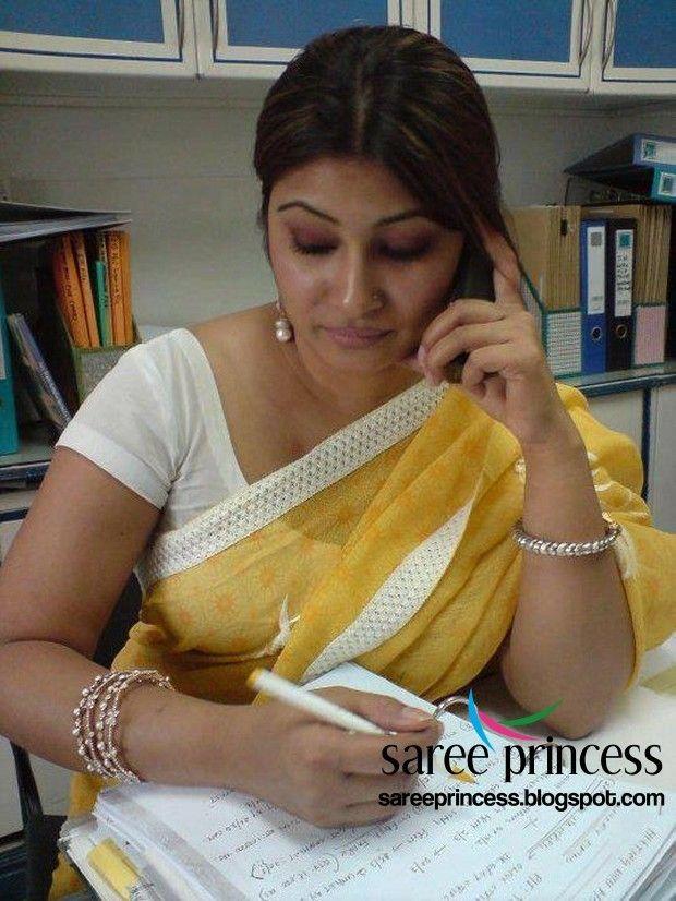 Pin by aarokiaraja Aar on beauty aunties in 2019   Saree, India