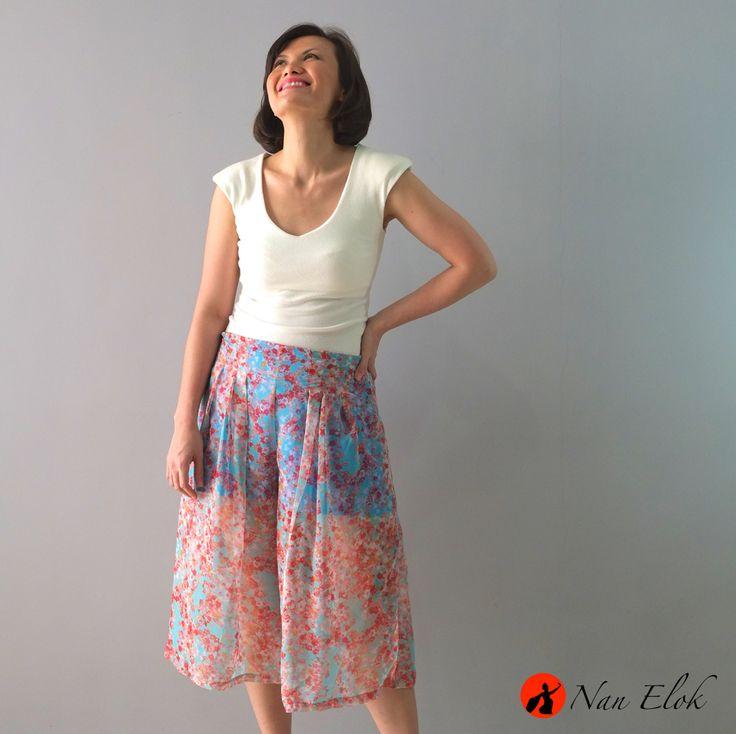 Maladewa - Pleated Culotte   IDR289.000 / USD33   Waist: 74cm, Hips: 86cm, Length: 70cm