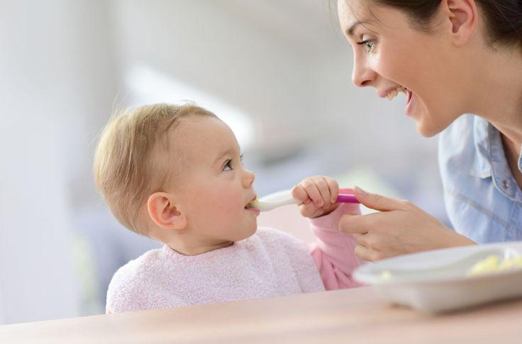 Kŕmenie detí je mimoriadne dôležité už od narodenia. Existujú určité riziká, viete aké?