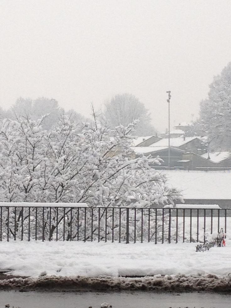 Pavia, lungo Ticino innevato