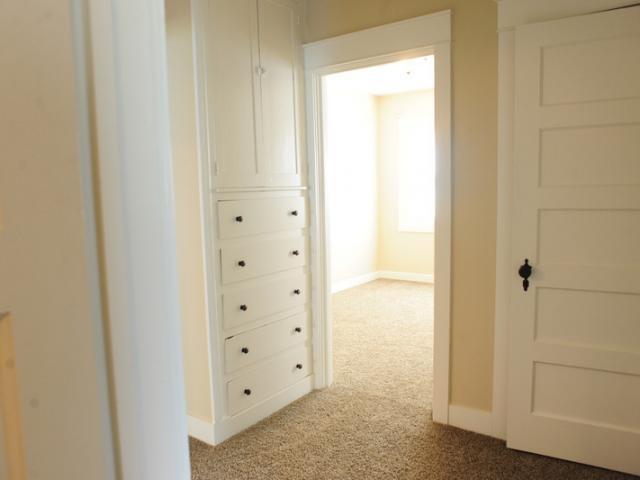 Cream Colored Walls With White Trim Hm Home Pinterest