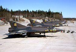 Saab 35 Draken - Wikipedia, la enciclopedia libre