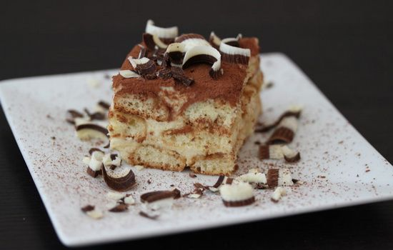Tiramisu derhjemme - alt er muligt !Opskrifter hjemmelavet tiramisu : mascarpone , fløde , ost, chokolade , bananer - Woman & Fitness
