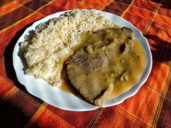 Znojemská roštenka s ryžou, slovenská kuchyňa