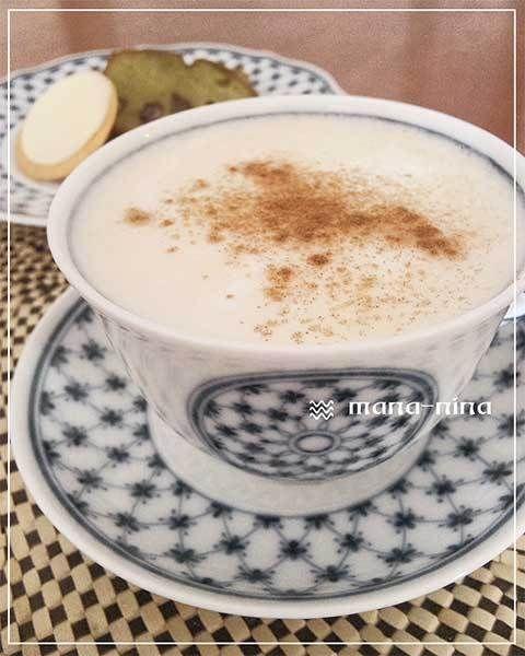 こんにちは。マナニナです~んーー寒すぎます!!!普通のお茶ではもうーー無理です~なので・・・『はちみつ・ジンジャー・ティー・ソイ・ラテ♪』を作りました~ <ハ…