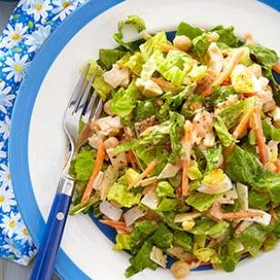 when i think chef's salads, i think mid-80's ladies who lunch wearing wrap skirts and espadrilles. i'm fine with that.