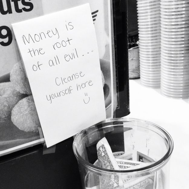 21 Incredibly Effective Tip Jars. Great ideas :-).