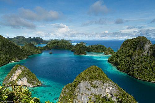 Raja Ampat | 10 Pulau Terbesar di Indonesia