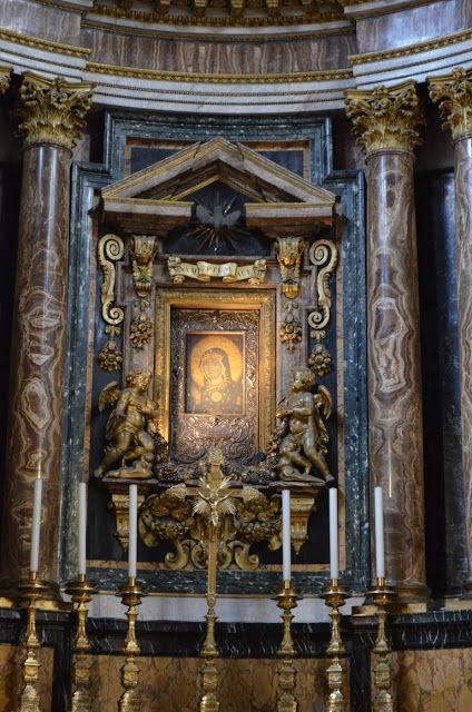 I Viaggi di Raffaella: Roma: la Chiesa di Santa Maria in Via Lata e i suoi sotterranei