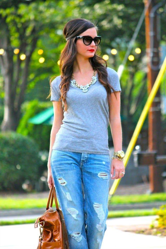 tee, distressed boyfriend jeans & jewels