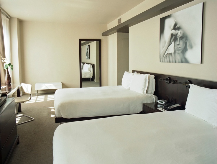 A Stuido Double room at the Hollywood Roosevelt in Los Angeles. Linens by SFERRA.