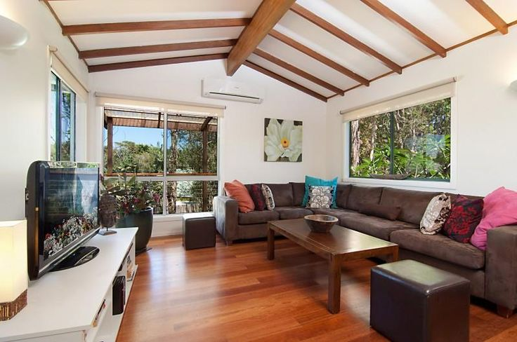Air conditioned and polished timber floors 1/3 Mackellar Court BYRON BAY @ domain.com.au