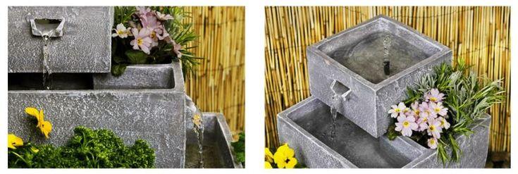 Macetero y Fuente Solar en Cascada de Agua - Gris   Esta moderna fuente solar y macetero de 4 niveles lucirá espectacular tanto en cualquier jardín como en una terraza. Puede plantar unas bonitas plantas florales, algunas especias o incluso algunos vegetales, creando