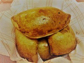 mari plateau: Τυρόπιτες με μοτσαρέλα και φέτα