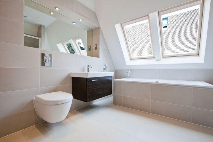 Badezimmer Regal Fliesen: Verwenden sie eine matte porzellan fliesen ...