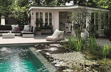 genuss pur ein schwimmteich bietet entspannung auf ganzer linie swimming pool. Black Bedroom Furniture Sets. Home Design Ideas