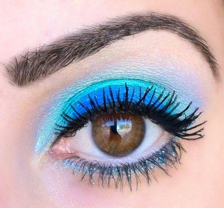 Blauwe Make-Up voor Bruine Ogen - Lily's Beautyblog