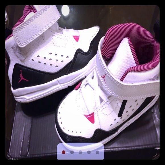 jordan shoes for girls white. girls toddler jordan flight sc-3 shoes sooo cute! only worn once|excellent for white