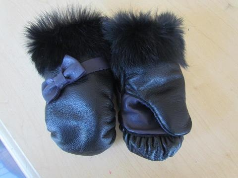 Inuit made toddler mitts w/ fur trim by Jolene Gilpin