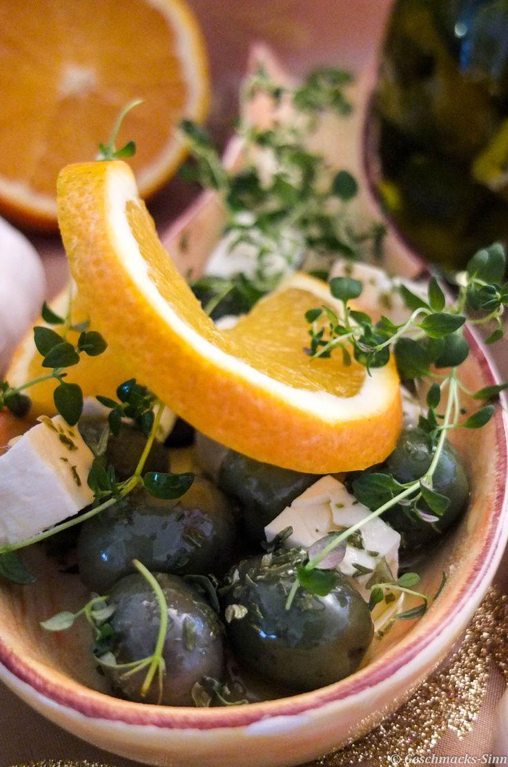 Mediterran eingelegte Oliven und Feta in Öl