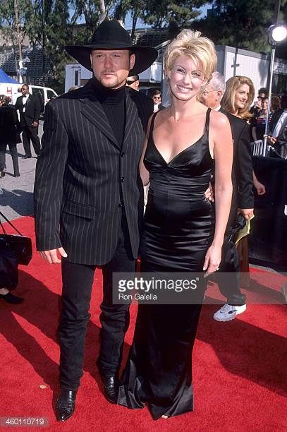 Singer Tim McGraw and singer Faith Hill attend the 33rd Annual Academy of Country Music Awards on April 22 1998 at Universal Amphitheatre in...