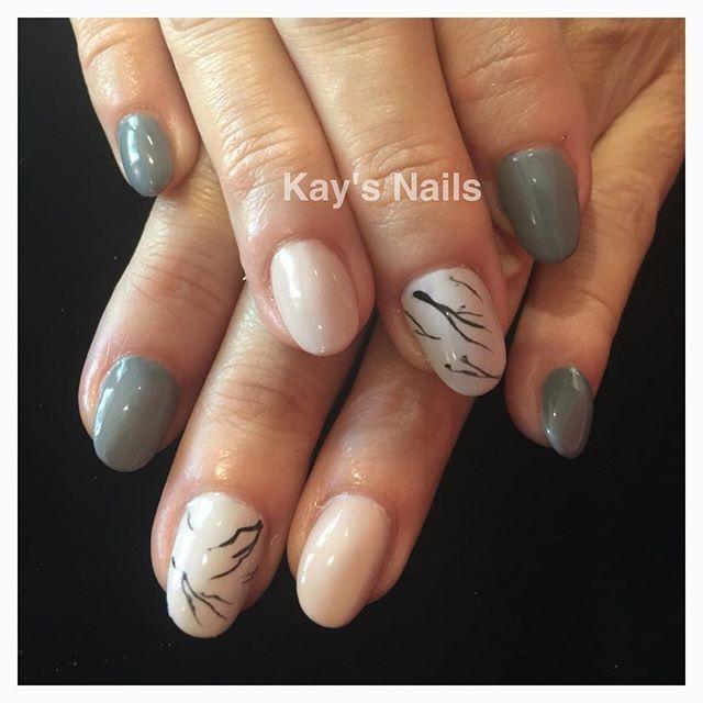 #kaysnailsandbeauty #goldcoast #sculptured #acrylic#nails#handpainted #nailart#designs#gfagelpolish #nailstagram #nailsalon #nailpromote #nailartist#nailtech#nailstylist#nailfashion #naillove #nailbeauty