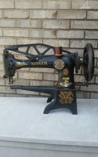 Vintage Singer Sewing Machine For Sale
