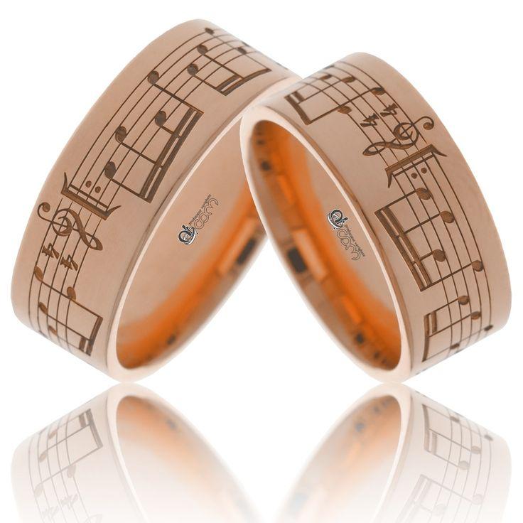 Verighetele personalizate cu note muzicale SUNETUL IUBIRII pot fi fabricate si din aur roz   http://www.verigheteatcom.ro/verighete-personalizate-sunetul-iubirii-aur-galben_1328.html