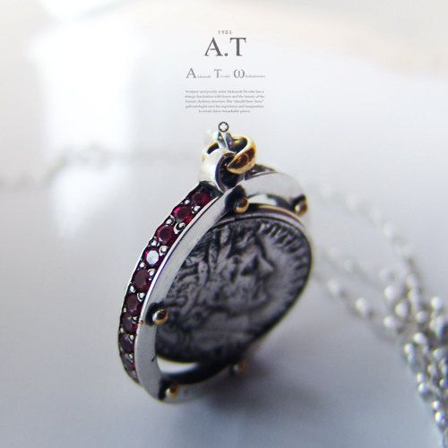 Moving antique coin  Necklace made of gold and silver by TYVODAR